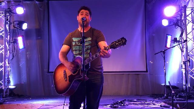 Nick Cloutier au Bar 4000 - Hommage aux chansons d'amour