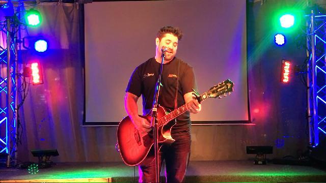 Nick Cloutier au Bar 4000 - Hommage aux chansons les plus téléchargées sur Napster