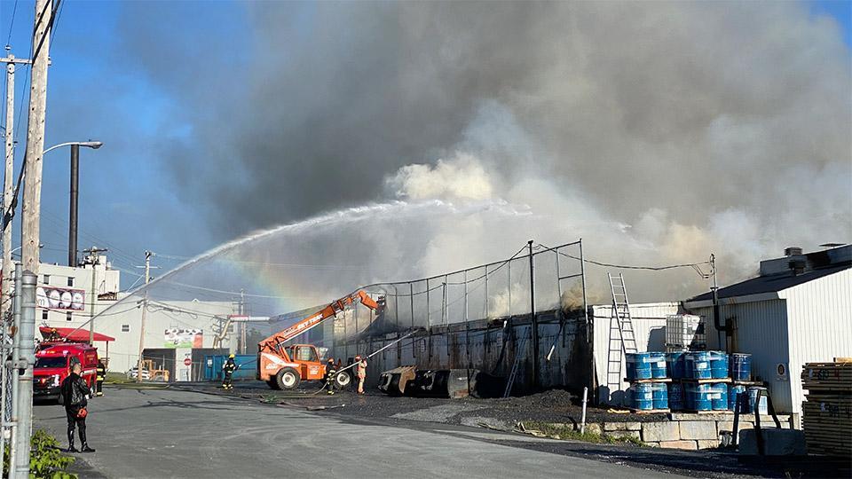 Une explosion fait 7 blessés chez Bois Ouvré de Beauceville