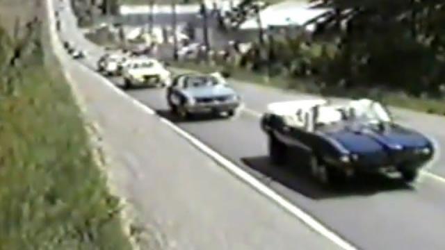 Parade d`autos en 1985 à St-Victor de Beauce