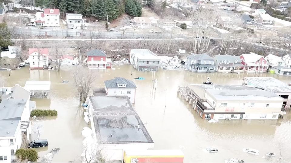 Images aériennes 4k - Inondation à Beauceville du 16 avril 2019